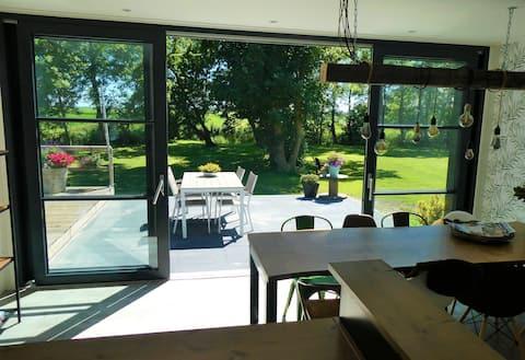 Moderne Bed&Breakfast met grote tuin op boerderij