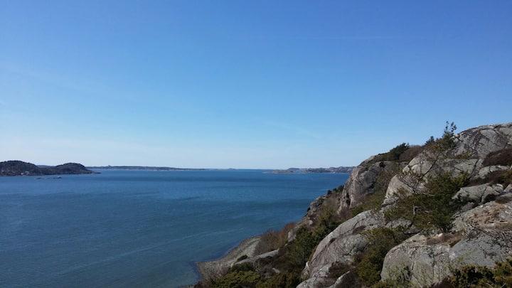 Havsnära boende 3 mil norr om Göteborg