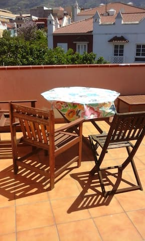 Beautiful views to mount Teide in quiet area - Puerto de la Cruz - Townhouse