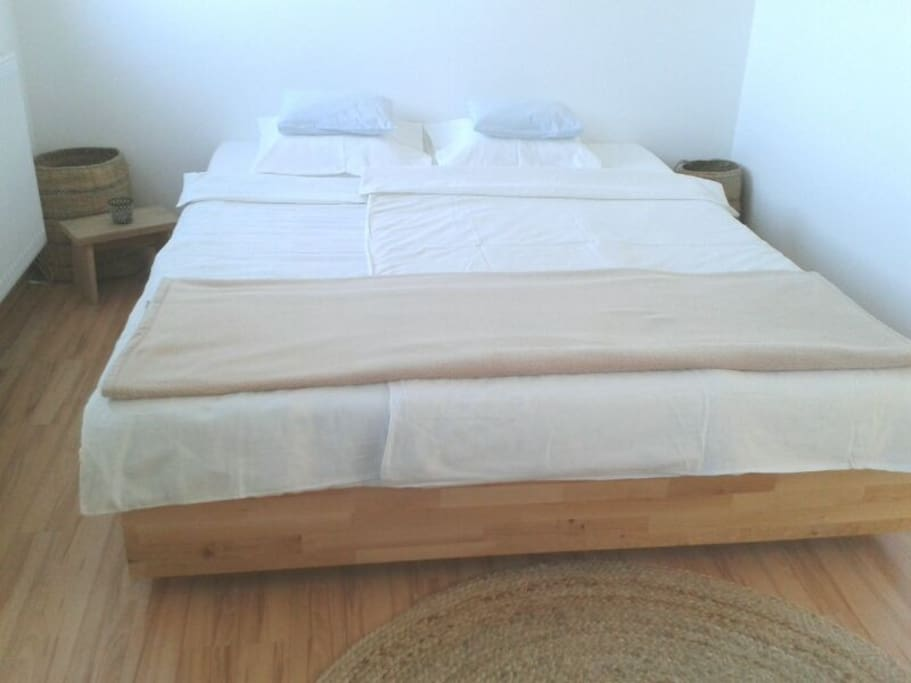 Dein Bett 160cm x 200cm, neue Matratze