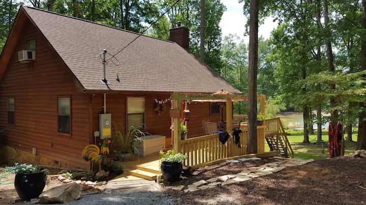 Blue Ridge Lake House in Chattahoochee Forest