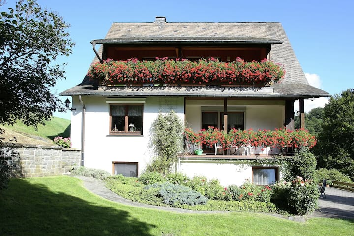 Beautiful apartment in the Sauerland in Schmallenberg with private balcony