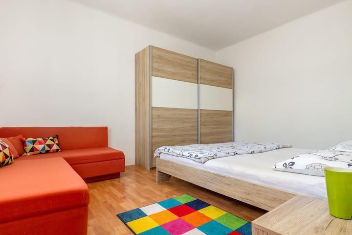 Apartments Marasovic - Lea