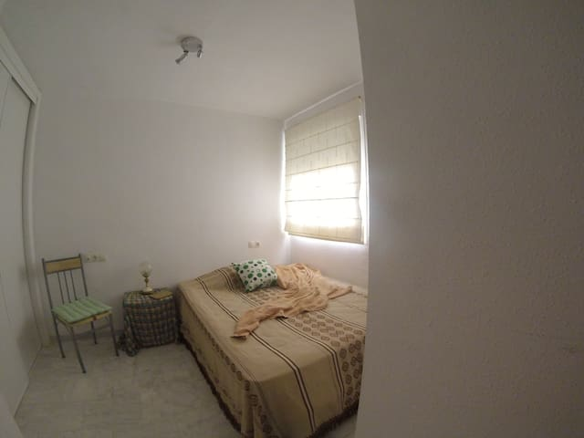 Quiet room near the sea in Fuengirola - Fuengirola - Apartment