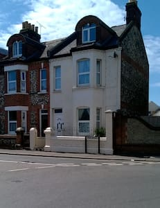 Three Storey Victorian Town House - Littlehampton