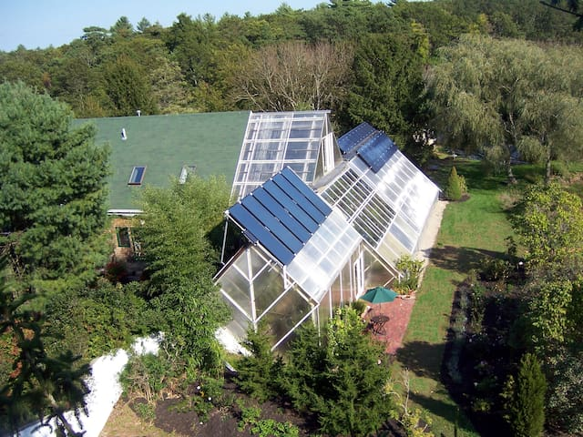 Cape Cod Ark House, clean, green and eco-pristine - Falmouth - Huis