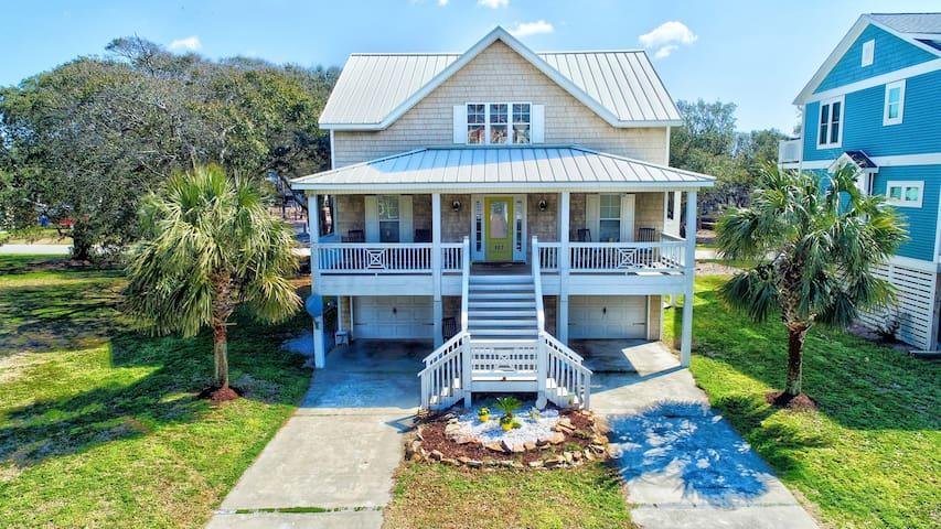 1 Block to Beach! Ocean-View Oak Island Estate