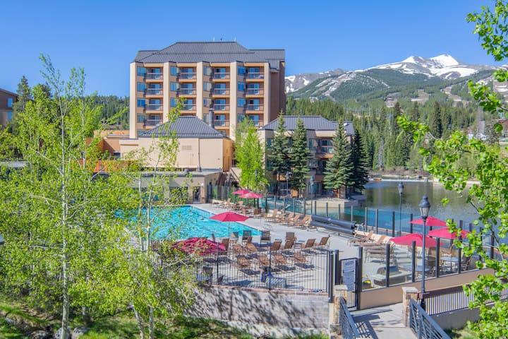 7547 | Ski-in/out Peak 9, Olympic Heated Pool!