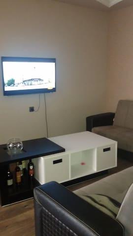 Студия+спальня=2 комнатная квартира у моря! - Batumi - Byt