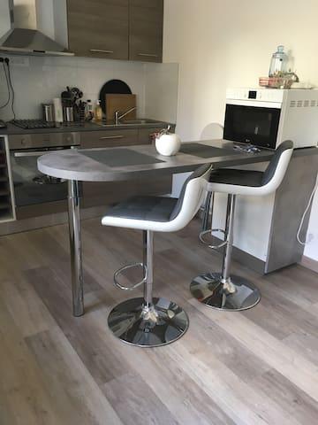 Studio meublé entièrement rénové