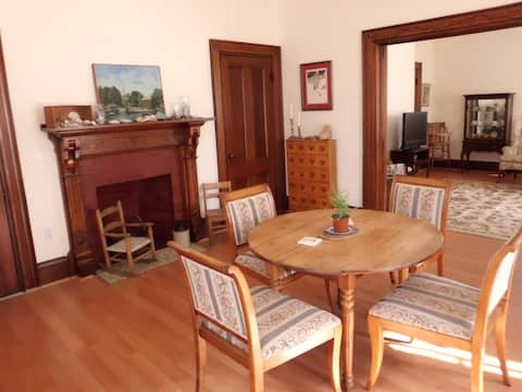 In Town  First Floor Victorian Apartment, Rockland