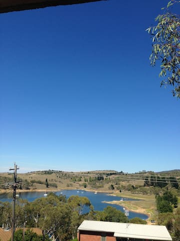 by the lake - Jindabyne - Pis