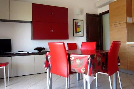 Appartamento molto tranquillo e grazioso - Tortolì