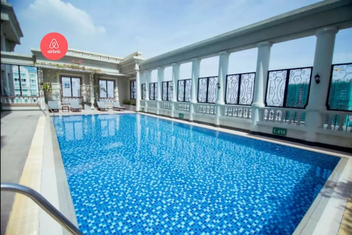 FREE rooftop POOL, cosy room with sunset view