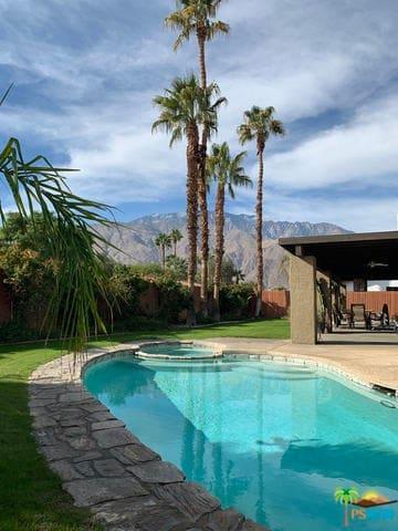 Hummingbird Oasis, Palm Springs, CA