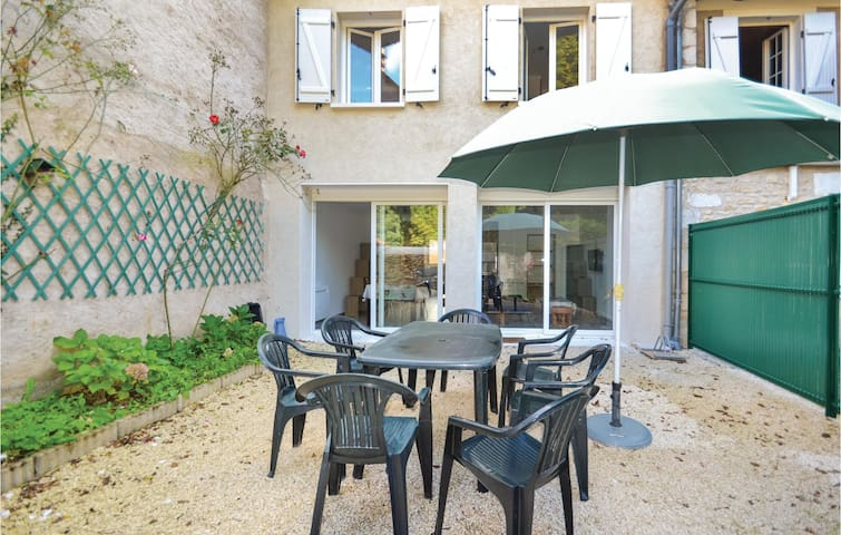 Terraced house with 5 bedrooms on 110 m²