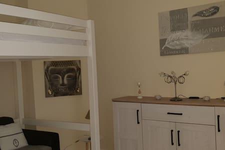 Appartement chaleureux, tout équipé WIFI Inclus