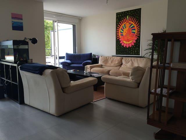 Big Room in a big new house. Comfort + - Rennes - Casa