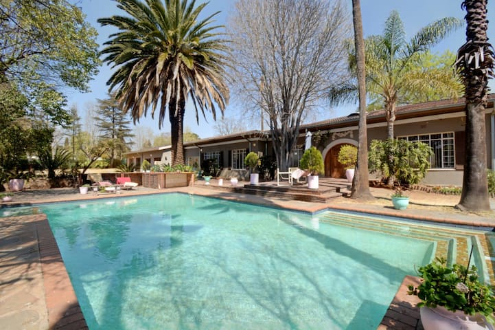 Stunning House in a Boomed Area in Germiston