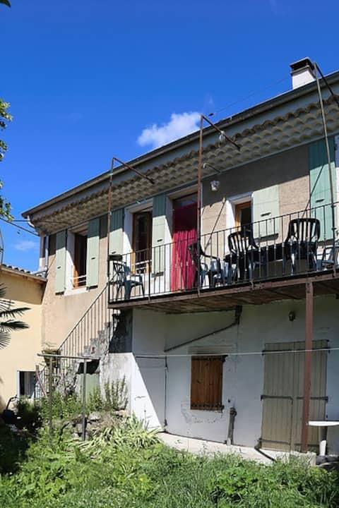 Gite Bourdelois entre Vercors et Provence