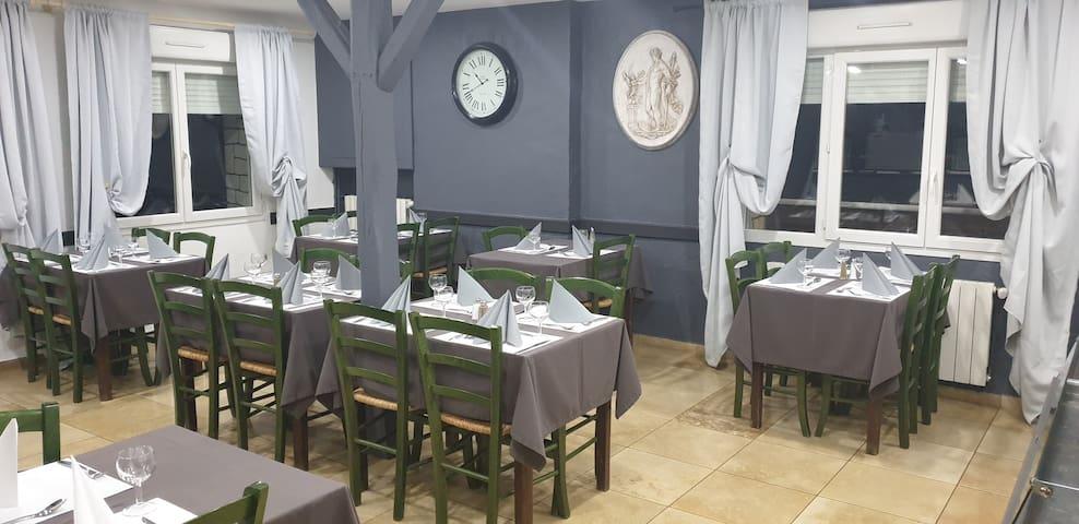 Bar hôtel  restaurant LE RELAIS DE L ESSERT