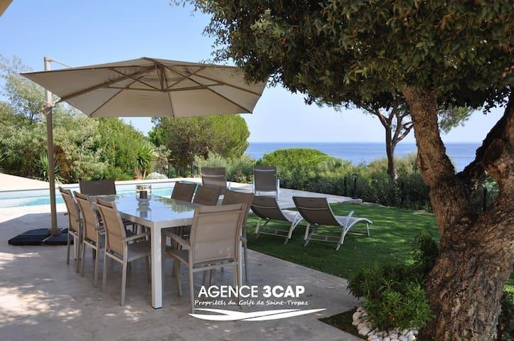 Villa avec sublime vue à pieds de la plage - Ramatuelle - Hus