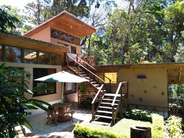 Cozy private House/Full equipped - Monteverde - House