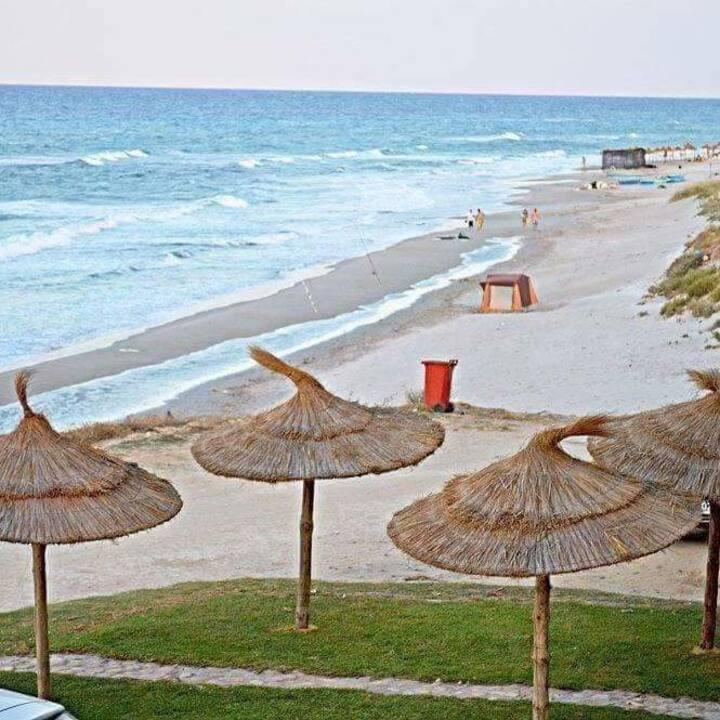 Villa meublee climatisée au bord de la plage