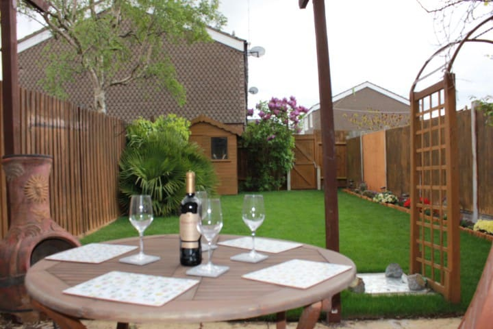 Southend Aiport two bedroom house - Southend-on-Sea - Casa