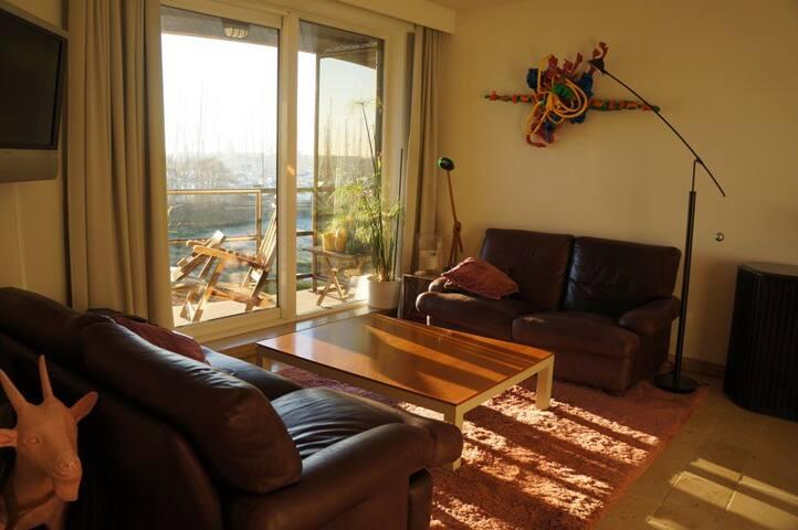 Appartement près de la marina.
