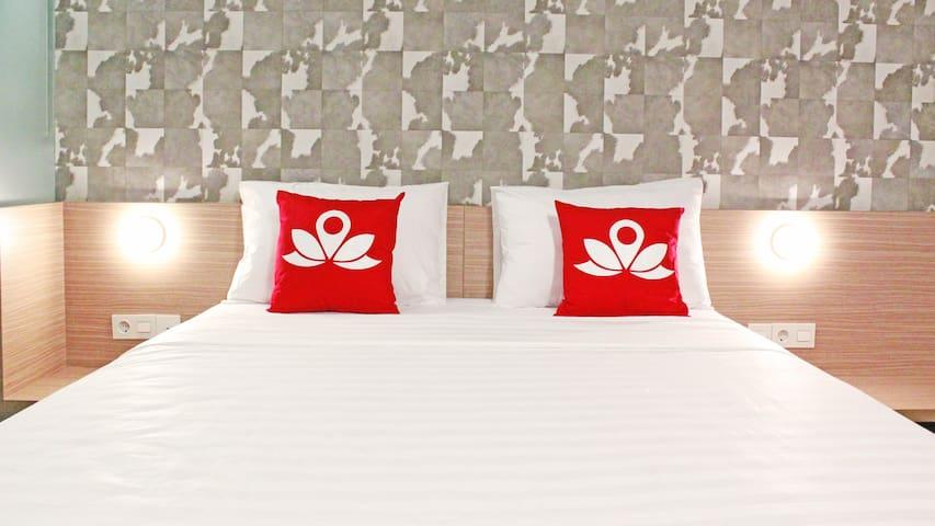Premium Room at Sampoerna Strategic Square - Setiabudi - Apartamento