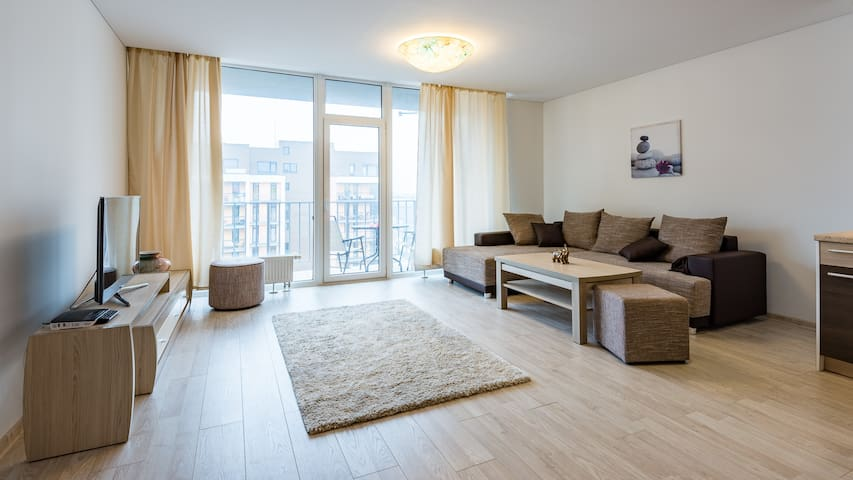 Spacious apartment in freshly developed area - Rīga - Apartment