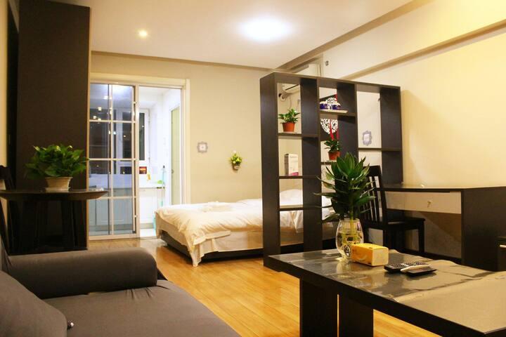 【齐郡】近义乌/彩世界/黄金国际青年时代公寓一居室