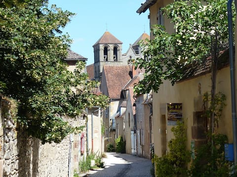 Le Gîte de l'Atelier - Souvigny/Moulins