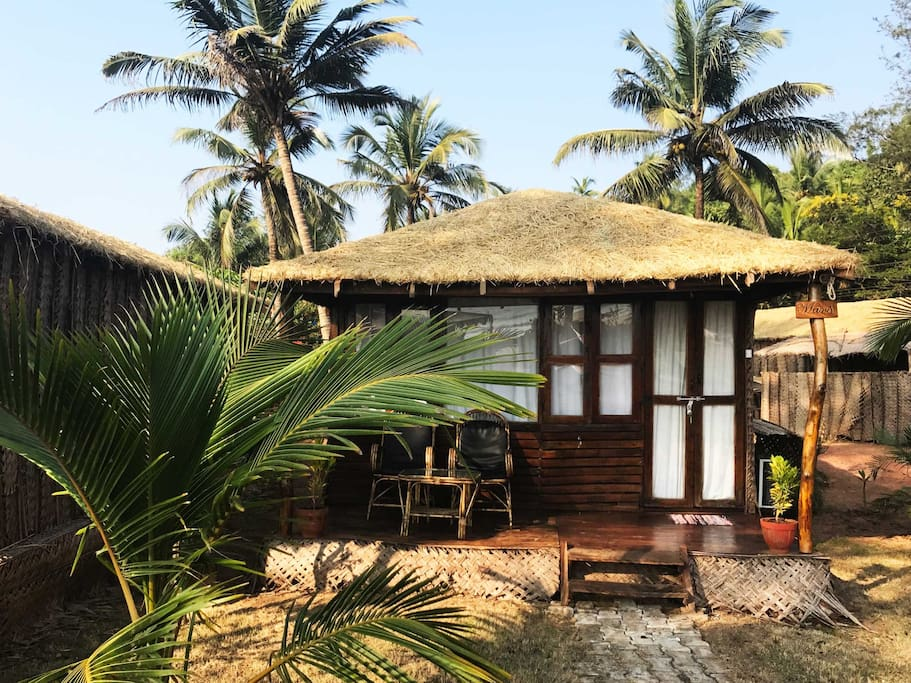 Glamorous hut for new experience lovers
