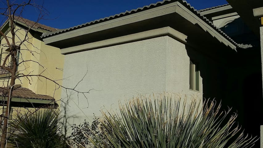 Private casita unit in gated community privateHVAC - Henderson - House