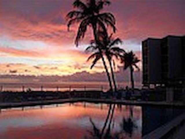 Luxury Beach Condo, tennis, docks