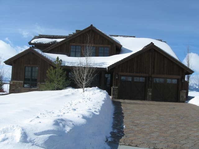 Teton Valley Mountain Retreat