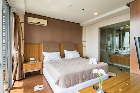 Modern Apartment w/ Pool Oasis in Heart of Kemang