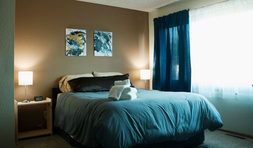 The Suite Retreat- Private Room