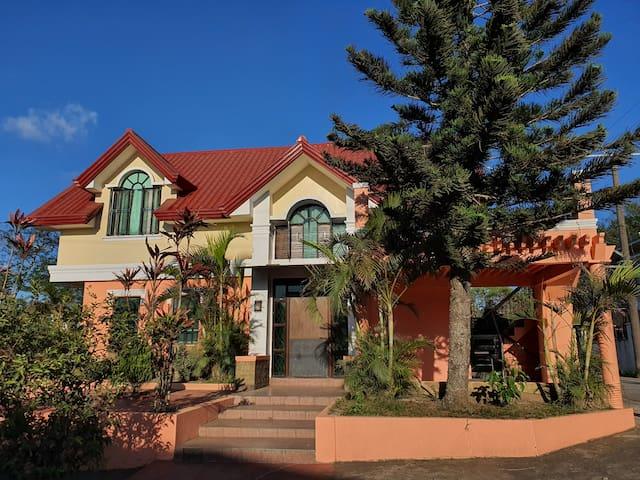 The Orange House ❤