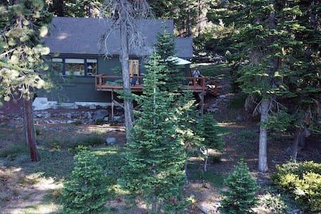 Cozy Tahoe City Cabin, Best location in TC.