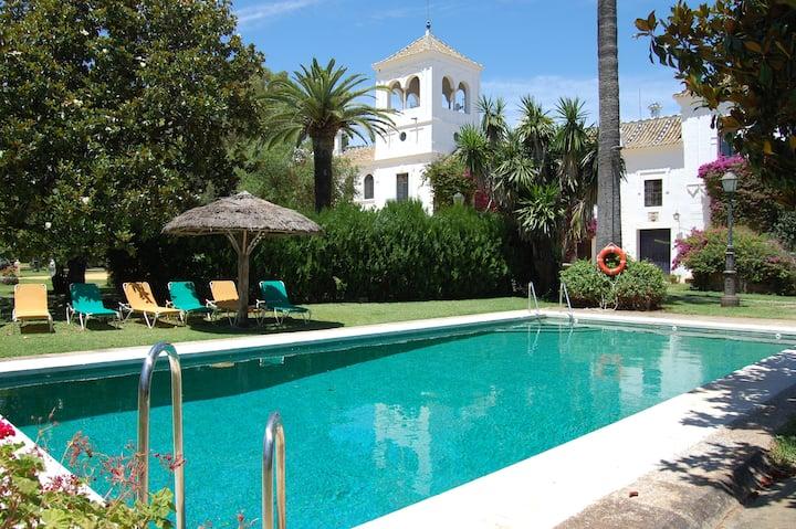 Hotel Cortijo El Esparragal | Habitación Cuádruple