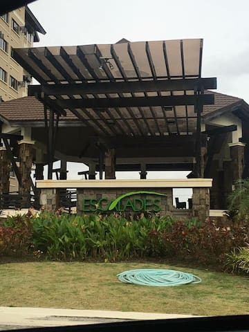 Quiet and safe fully furnished condo for rent :) - Muntinlupa - Condominium