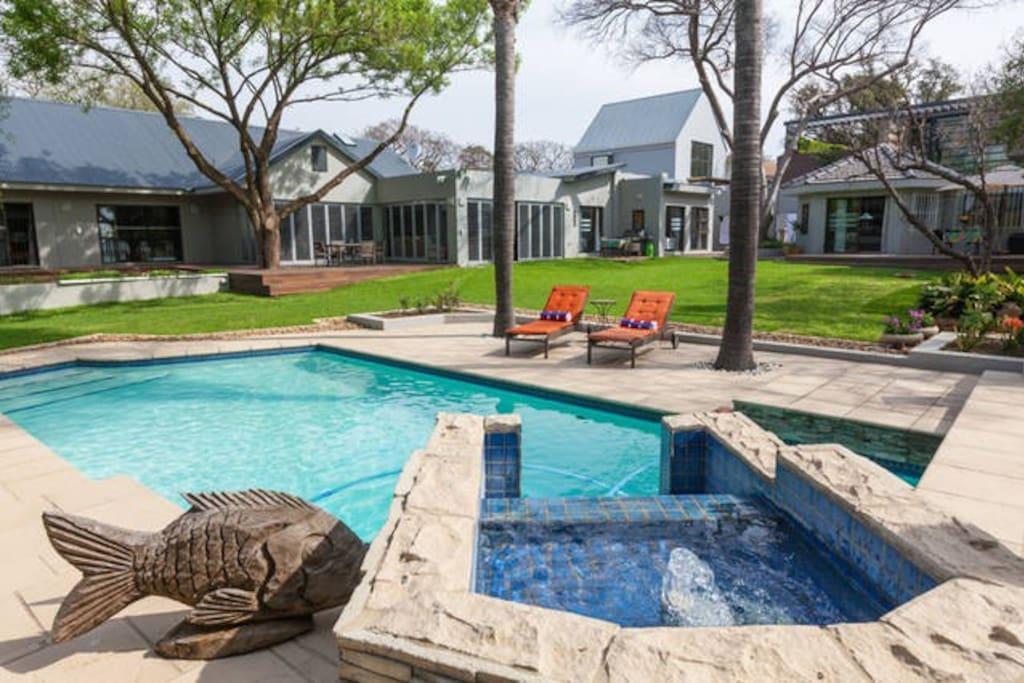 Spacious Garden with Pool