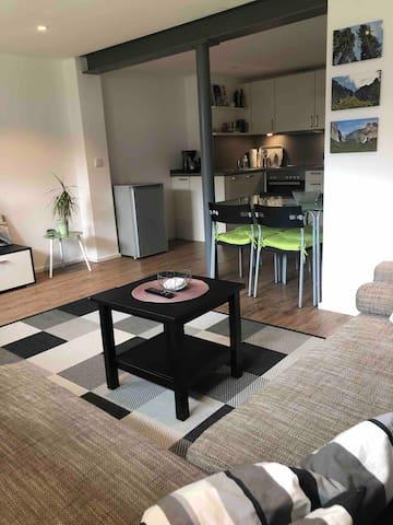 Ideale 2 Zimmer Wohnung auf dem Land