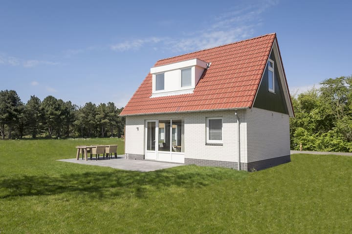 Semi-detached bungalow with great view in De Cocksdorp, on the island of Texel