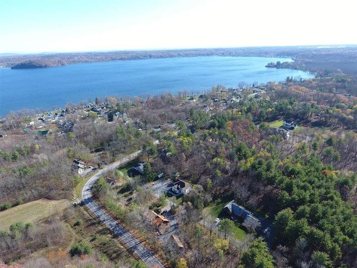 Large renovated Saratoga Lake Home