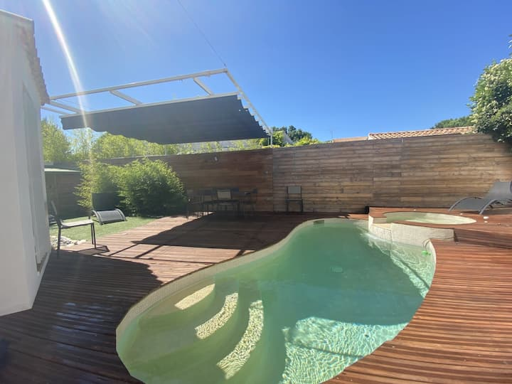 MAGNIFICENT VILLA WITH SWIMMING POOL IN MONTPELLIER