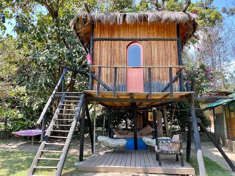 Naivasha b&b Treehouse+WiFi